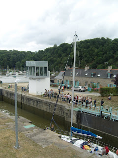 Entering the lock beside the swing bridge
