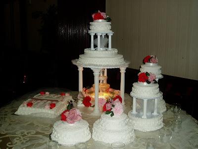 Marilyns Caribbean Cakes Multilayered Wedding Cake - Layered Wedding Cake