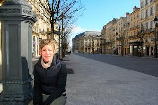 Emilie Hallberg at Cours du Chapeau Rouge
