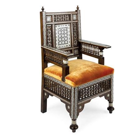 [chair]