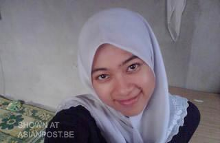 Malay Girl Nur Aini Took Off Her Jilbab Asian Amateur Post