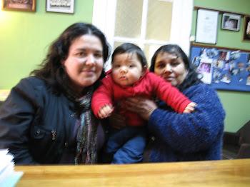 Chaguito Contreras, mamá Sandra y abuelita Mónica