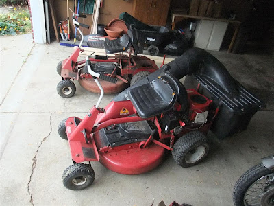 2 riding mowers for sale, bagger, snapper, hi-vac
