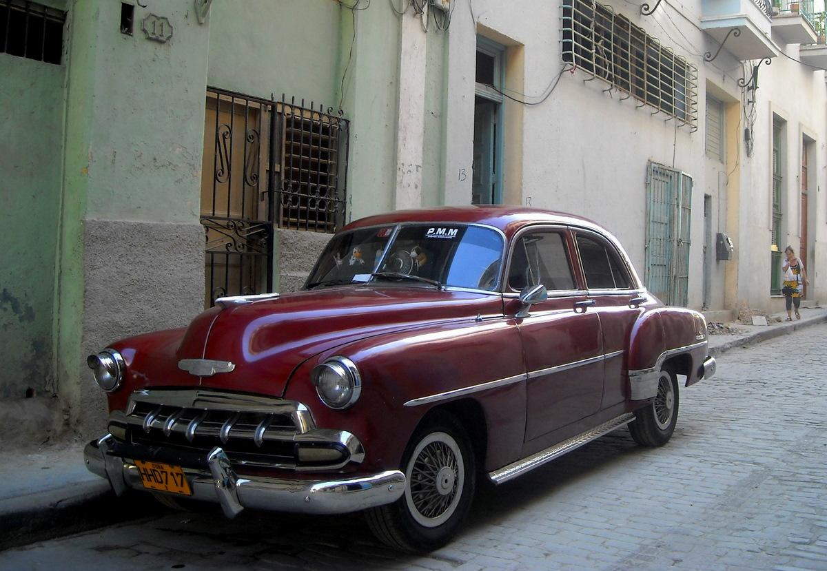 L 39 esprit vagabond vieilles voitures la havane for Salon vieilles voitures