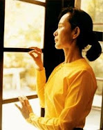 Free Daw Aung San Suu Kyi!