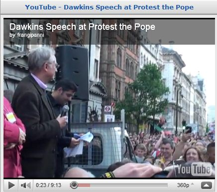 Richard Dawkins at protest the Pope.