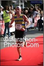 "Arrivée Marathon Nice-Cannes 2h58'17"""