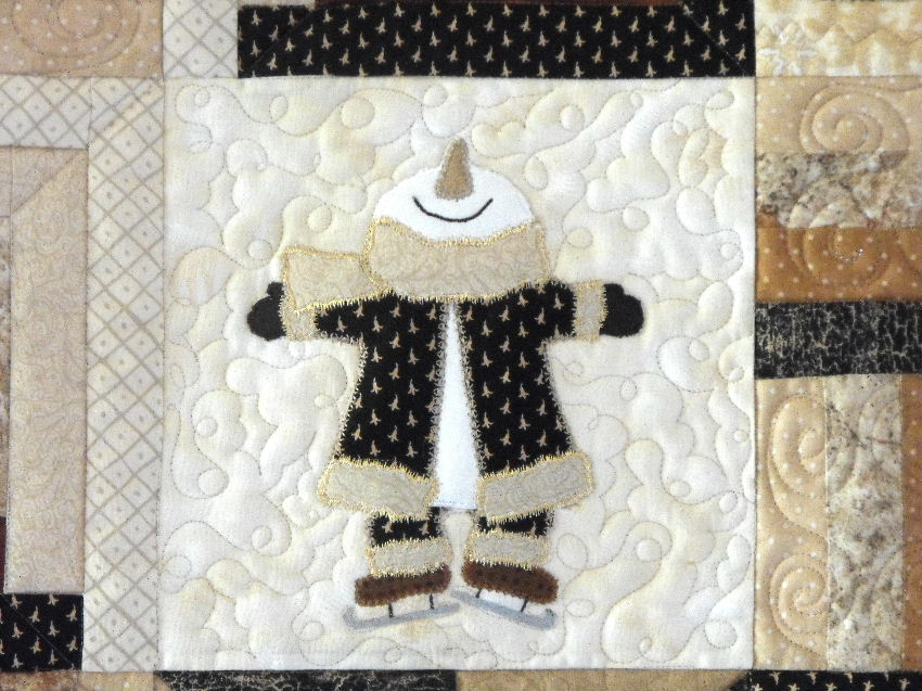 Crazy Creek Creations Snowman Applique Quilt