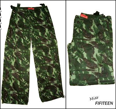 calça feminina camuflada estilo militar brecho