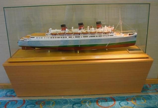 """Queen of Bermuda"" ship Model"
