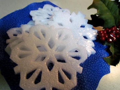 easy to make snowflake soaps for gifts2