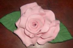 Rosa en goma eva