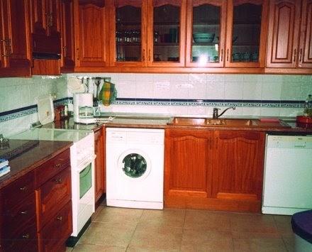 Cocinas como distribuir los muebles decoractual dise o for Como distribuir los muebles de cocina