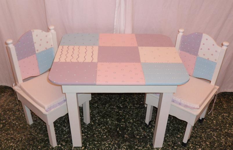 Hogar decoraci n y dise o dormitorios infantiles - Mesita con sillas infantiles ...