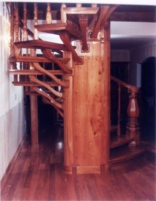 Escaleras para espacios reducidos dise os ideas fotos for Diseno de espacios pequenos