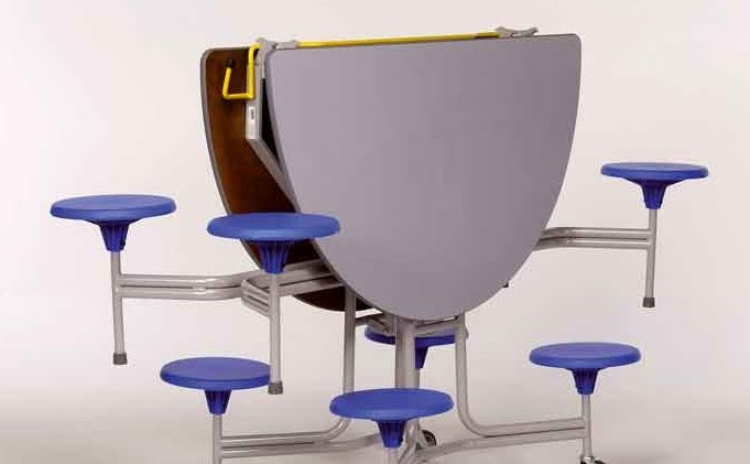 Mesa oval plegable con asientos de pvc novedades for Mesa plegable con asientos