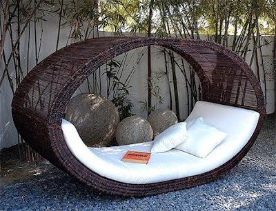 uzeri+kapal%C4%B1+bahce+yatag%C4%B1 Dış mekanlar için bahçe mobilyaları