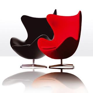 k%C4%B1rm%C4%B1z%C4%B1+siyah+sandalye Dekorasyonda kırımızı renk