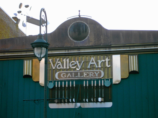 Valley Art Gallery is a nonprofit gallery serving artists and community.
