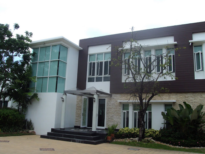 SIRIYARNYON HOUSE