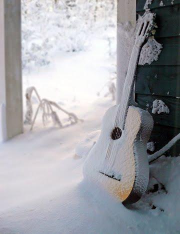 зимни китари