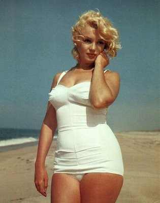 Marilyn Monroe healthy size example@marielscastle.blogspot.com