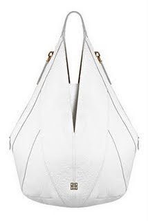 Givenchy_white_bag@marielscastle.blogspot.com