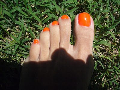 neon_orange_french_nail_tips@http://marielscastle.blogspot.com