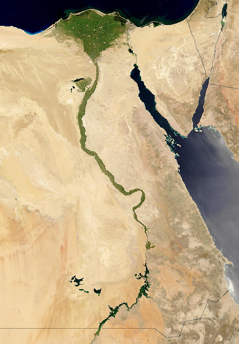 مصر التى فى خاطرى و فى فمى.. أحبها من كل قلبى و دمى