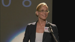 Yvonne Strahovski doing a Sarah Palin impression