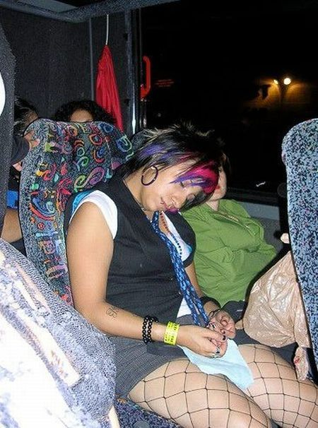 Passed Out Drunk Girls Pictures32