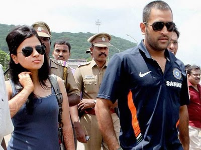 Dhoni and Sakshi Rawat rare photos
