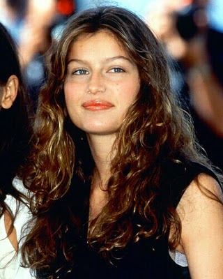 Laetitia Casta stills