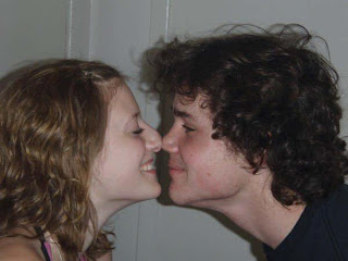 Cumprimento de Esquimó - Beijo de Esquimó