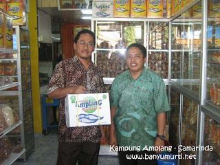 Kuliner 95 - Kampung Amplang, Samarinda