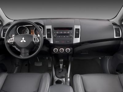 Mitsubishi outlander gls interior
