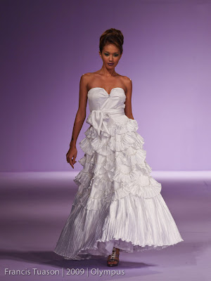 philippine fashion week 2009 grand allure benjie manuel designers model runway