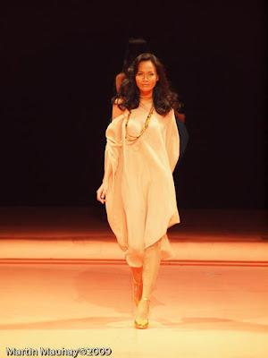 Arnel Zulieta philippine fashion week spring summer 2010