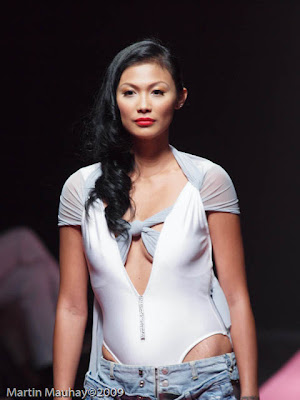 Anthony Cesar Ramirez philippine fashion week 2010 luxewear