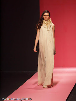 roel rosal Philippine Fashion Week Spring Summer 2010 Luxewear