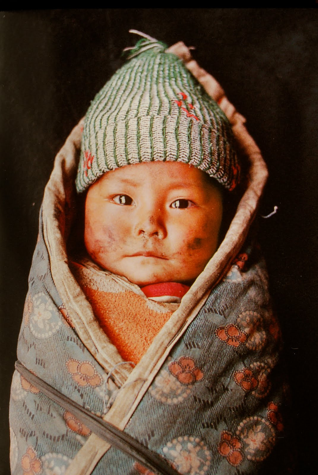 The Other Day I Bought A Book Called Portraits By Steve McCurry Link Obviously Is Full Of And WOW They Are Stunning