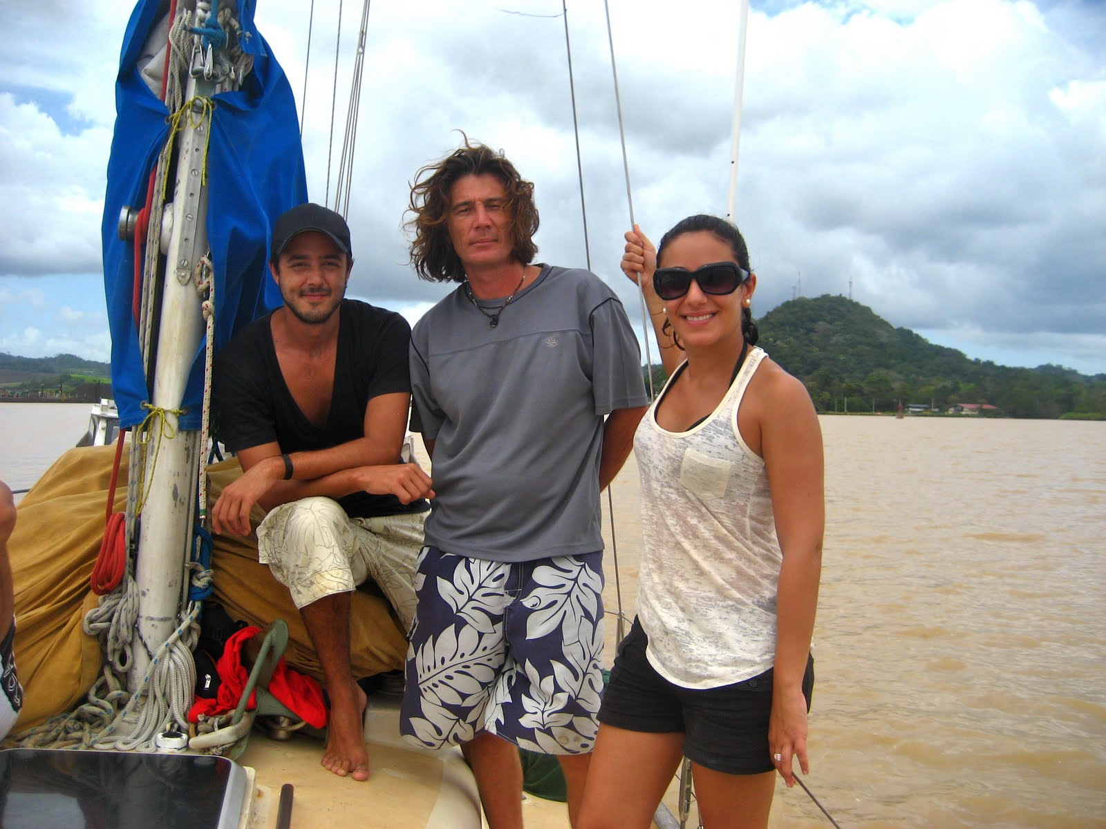 Sailing a Pearson Alberg 35: Panama Canal transit pics (taken by Tania and ...