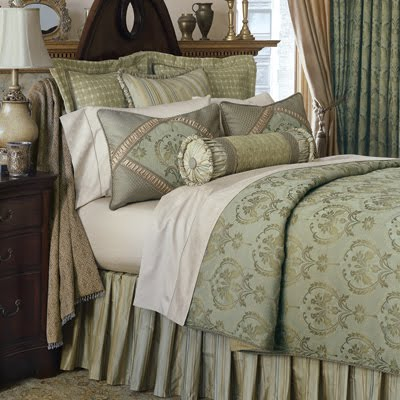 Beyond Drapery Limited: Arranging Bed Pillows - a primer