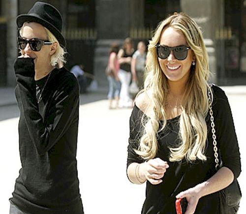 samantha ronson lindsay lohan. Lindsay Lohan builds fence so