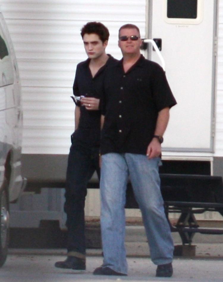on the set of Breaking Dawn in Baton Rouge wearing a wedding ring