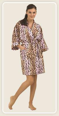 Pink Cheetah Short Kimono Robe