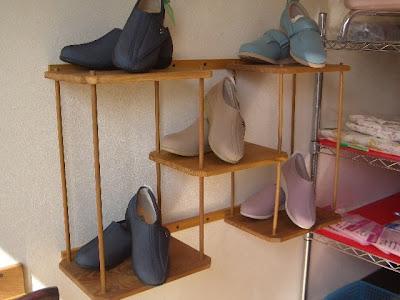 靴の陳列棚