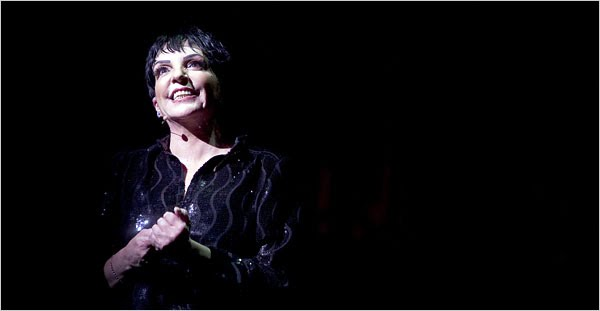 liza minnelli wedding. entertainer Liza Minnelli
