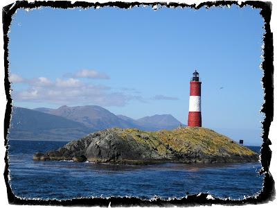 http://3.bp.blogspot.com/_XfVWHY9oeHQ/TFvnz3OegbI/AAAAAAAAAmk/NmK-x01Kyn8/s1600/Lighthouse_01.jpg