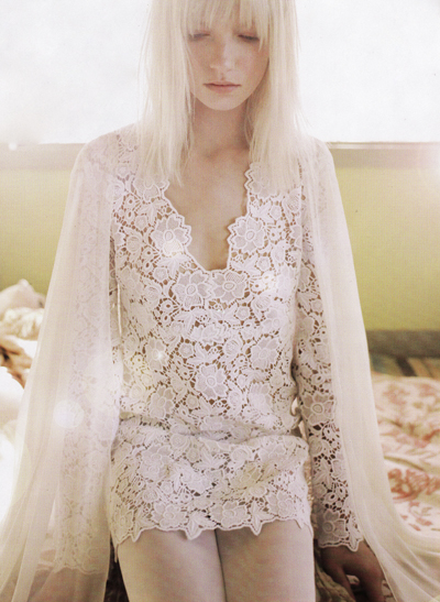 vintage wedding dress with sleeves. simple lace wedding dress with